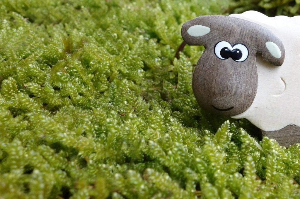 可愛い「羊」の人形