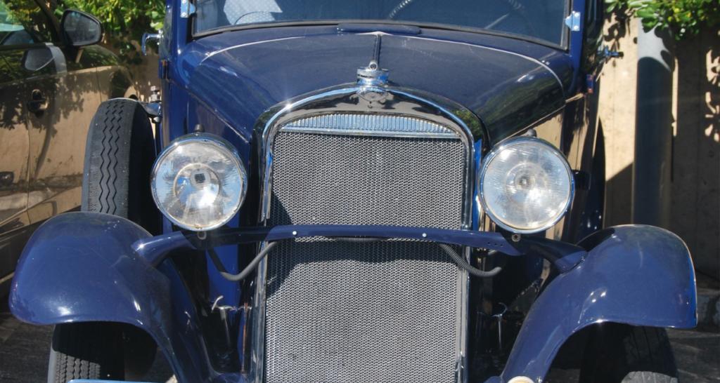 古いクラシックカー